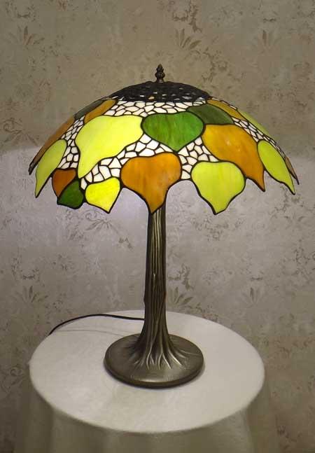 Настольная лампа T 18009