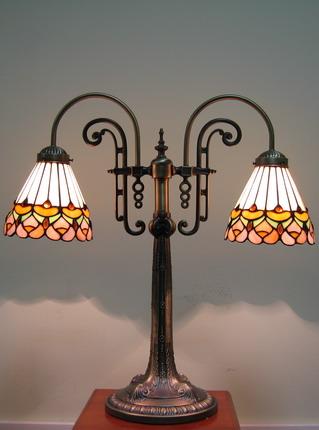 Настольная лампа PT 020