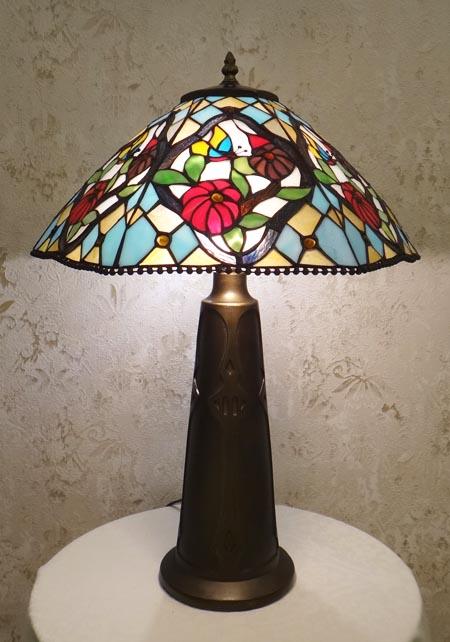 Настольная лампа TLA 1740