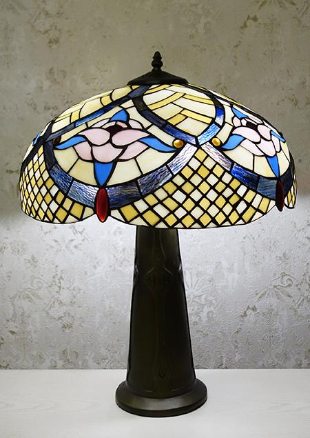 Настольная лампа TT 18037