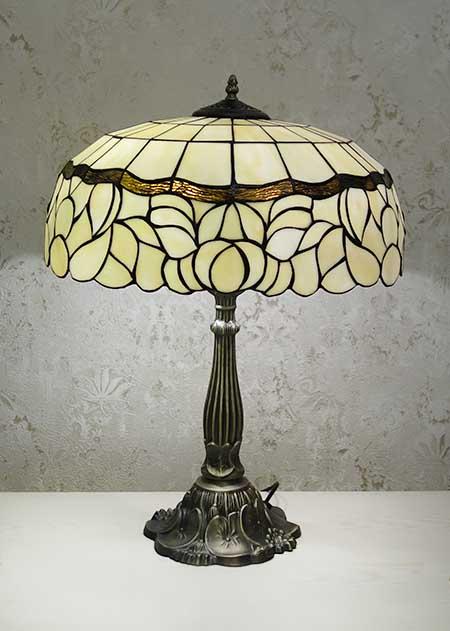 Настольная лампа T 18015 S