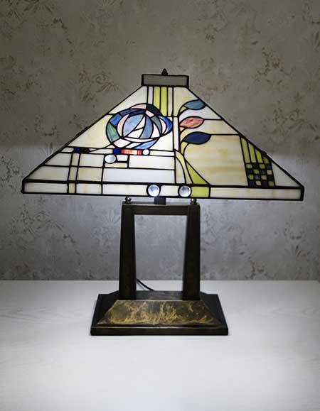 Настольная лампа T 22066