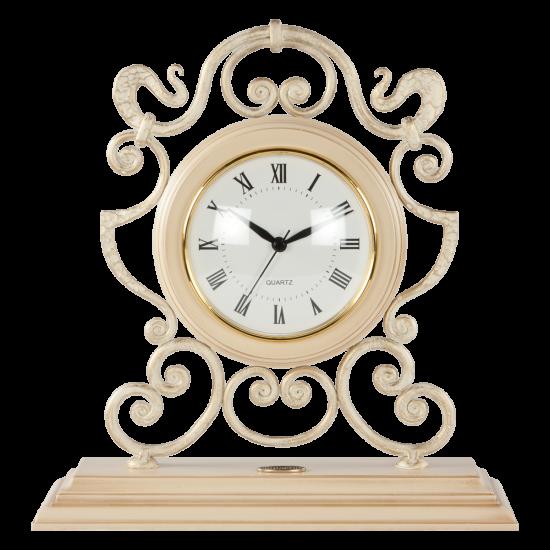 Часы настольные беж А1