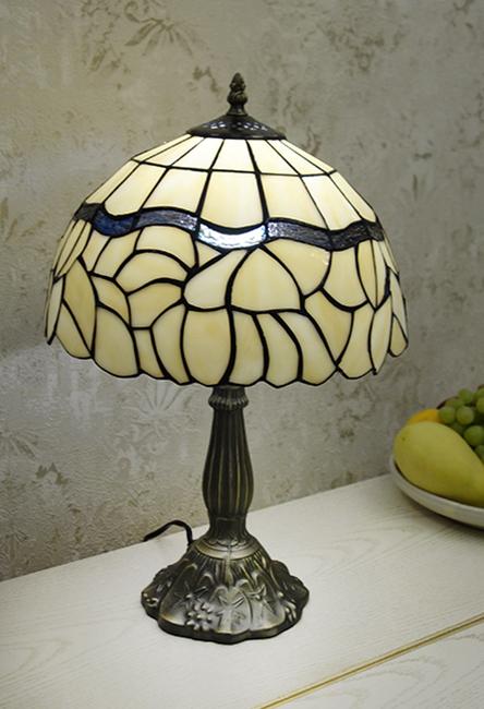 Настольная лампа T 12035