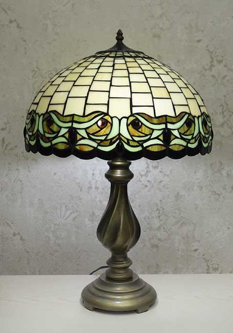 Настольная лампа TLB 1749
