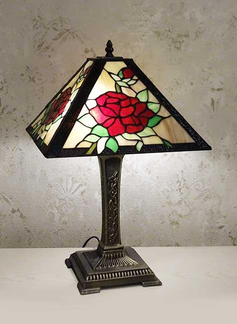 Настольная лампа T 16400  B