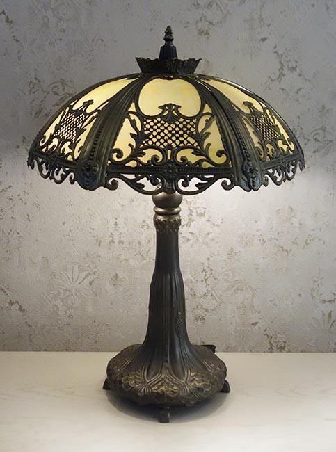 Настольная лампа T003-3