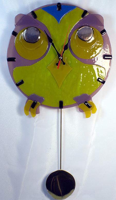 Часы настенные с маятником Филин